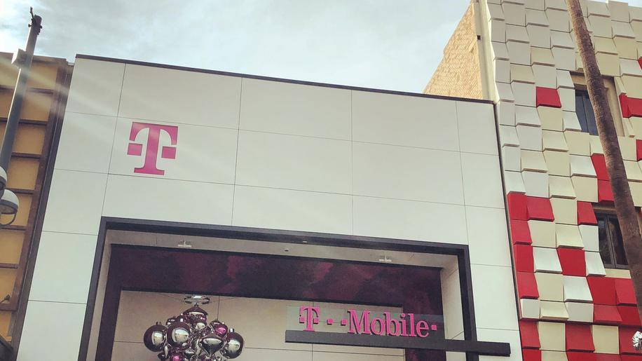 California T-Mobile Store